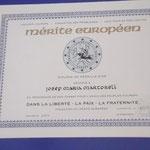 Urkunde des Preises für Verdienste um Europa