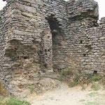 Eingang zur Tempelvorhalle und Zentralturm (Torre Mestre)