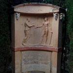 Bild und Spruch am Eingang des Labyrinths