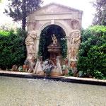 Brunnenhaus im Garten
