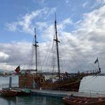 Ankern und einsteigen: Piratenschiff