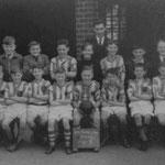 Football team, 1952-3