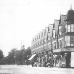 Shops at the corner of Oxford Road, c.1907. Shops at the corner of Oxford Road, c.1907