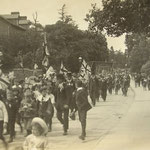 Part of the Coronation Parade through Acocks Green, 1911. Thanks to Christine Jensen for this image. This is a social event that may be greeted with less enthusiasm these days.