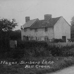 Cottages, Scribers Lane. These were by the river, and used to suffer badly from flooding.