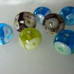 Perles avec des petites bulles