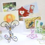 紙漉きで出来上がった紙製品。クリスマスカード。ワイヤークラフトのカードフォルダーとセットです!