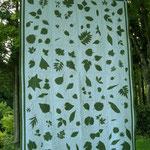 柿谷堪子作品「粟巣野の植物」2010年