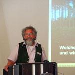 Nikolaus A. Urban stellte ein alternatives, an klimatische und auch wildbiologische Erkenntnisse angepasstes Jagdkonzept vor