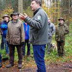 Robert Wiechmann leitete die Exkursion gewohnt souverän