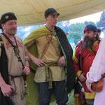 Hoher Besuch: Wulf, Birka und Quilm von den Fenriskriegern im Festtagsoutfit