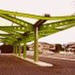 西鉄自動車学校車寄せ(大野城)  S造平家 形は単純そうですが、鉄骨が綺麗だけど難しい設計でした。鉄骨屋さん、本当にありがとうございました。