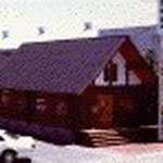 喫茶ホルツ(城島)  ハンドメイドログハウス2階建 地元産出の杉でつくられたログハウス   ログクリエーター今村榮さんの施工   前述の石井クリニックまで協力して 数件を手掛けました。