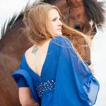 Petra mit verschiedenen Pferden