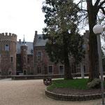 am Schloss Pfaffendorf