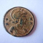 nummus,Rome, 1.87 g, 348, Avers: RO-MA buste de Rome à droite. Emission pour le 1100e anniversaire de Rome