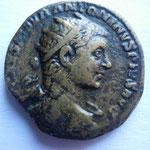 dupondius,  Rome , 9.05 g, Avers: IMP CAES M AVR ANTONINVS PIVS AVG buste radié drapé à droite