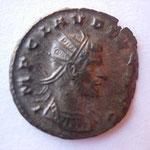 antoninien, Rome 3e ém 12e off mi-269-fin 269, 2.99 g, Avers: IMP CLAUDIUS AUG tête radiée buste cuirassé et drapé à drt