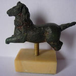 petit cheval en bronze, haut empire