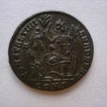 Revers : CONSTANTINI ANA DAFNE / CONS ; Constantinople 4e émission 5e officine 328, TTB / SUP