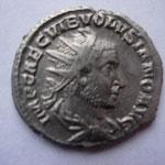 antoninien, Rome 5e ém 3e off mi-253, 3.72 g, Avers:  IMP CAE C VIB VOLVSIANO AVG