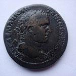 grand bronze ou médaillon (33 mm), 28.57 g, Antioche, Avers: IMP CAES M AUR ANTONINUS AUG