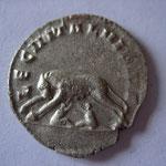 Revers: louve avec Romulus et Remus LEG II ITAL VI P VI F rare (RR) TB+/TTB