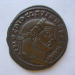 follis, Ticinium 1ére off 300-303, 9.92 g, Avers: MP C DIOCLETIANVS P F AVG