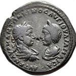 Moesia Inferior. Marcianopolis. Elagabalus, with Julia Maesa AD 218-222. Pentassaria en Bronze Æ  26 mm., 10,72 g.