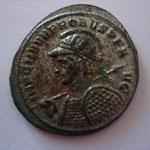 aurélianus, Siscia, 277, 4° off, Avers: IMP C M AVR PROBVS PF A-VG buste casqué cuir avec haste et bouclier, à g