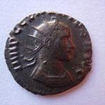 antoninien, Rome 1ére ém 2e off sept 268-début 269, 3.01 g, Avers: IMP C CLAUDIUS AUG buste cuir à drt, frappe molle