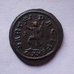 buste radié, casqué et cuir à g tenant un sceptre main dr posée sur l'épaule + bouclierRevers: MART-I P-ACIF/QXXI , TTB+