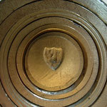 pile à godet n°2 « mi-parti de l'Aigle pour le Saint-Empire romain germanique et la clé d'or symbole de la ville épiscopale »