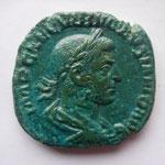 sesterce, Rome 1ére off 253, 17.69 g, Avers: IMP CAE C VIB VOLVSIANO AVG