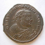 follis, Ticinium 2e off, 10.33 g, Avers: D N MAXIMIANO BEATISSIMO SEN AVG