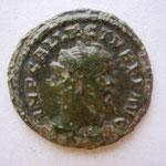 quinaire de bronze, Londres 12e ém 295-296, 2.26 g, Avers: IMP C ALLECTVS P F AVG