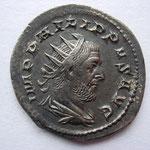 antoninien, Rome, 1ére off, 9e ém, 248, 3.80 g, Avers: IMP PHILIPPUS AUG