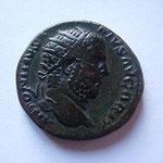 Dupondius, 10.88 g, Avers: ANTONINUS PIUS AUG BRIT, Revers: PM TR P XV COS III PP / SC, TB+