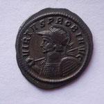 aurélianus, Ticinium 4e off, 4.20 g, Avers: VIRTVS P-ROBI  A-VG