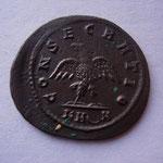 Revers: CONSECRATIO / K H ں N , TTB les monnaies de consécration pour Numérien sont rares(RRR)