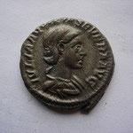 denier d'AQUILA SEVERA 2éme et 4 éme épouse d'Elagabale, 3.62 g, Rome 220, Avers: IULIA AQUILEA SEVERA AUG