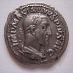 denier, Rome, 2.76 g, Avers: IMP MAXIMINVS PIVS AVG