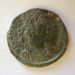 maiorina Vétranion pour Constance II, Sirmium 2e off 351, 5.1 g, Avers: D N CONSTAN(TIVS ) P F AVG / A