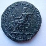 Revers: P M TR P XVIIII COS IIII P P / SC, TTB+ / TTB monnaie granuleuse, 10.30 g