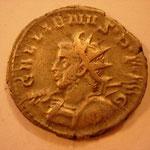 antoninien, 2.56 g, 4e ém 257-258, Avers: GALLIENUS P F AVG  buste cuir armé (haste et bouclier) à gauche, méduse visible