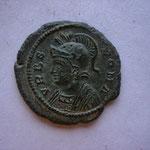nummus, Avers: URBS ROMA, buste de Rome à gauche, 2.48 g