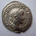 denier, Avers: IMP GORDIANUS PIUS FEL AUG, Rome, 241, 7e ém 1ére phase 2e off, tête laurée à droite