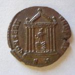 Revers : CONSERV URB SUAE / ST: Ticinium, 2e off, mars 307-juin 309, SUP argenture rare (R)