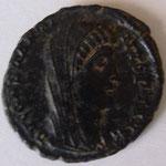 nummus e consécration, Antioche, 1,74 g, 337-340, Avers: DV CONSTANTI-NUS PT AUGG (achat Lanz juin 2019)