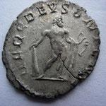 Revers: HERC DEUSONIENSI, Hercule de Deutz (où Postume a été proclamé emp), TTB+ rare (R)